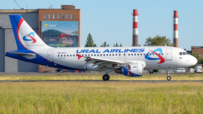 VQ-BTZ - Airbus A319-112 - Ural Airlines