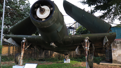132 - Douglas A-1 Skyraider - Vietnam - Air Force