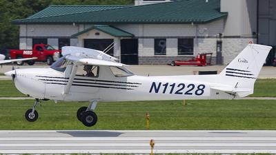 N11228 - Cessna 150L - Private