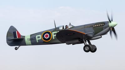 VH-XVI - Supermarine Spitfire Mk.XVI - Private