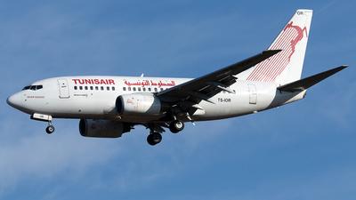 A picture of TSIOR - Boeing 7376H3 - Tunisair - © Maximilian Haertl