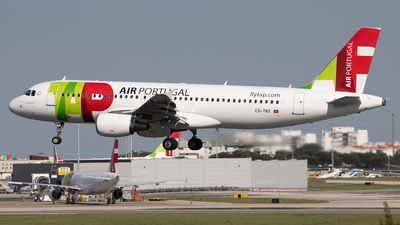 A picture of CSTNX - Airbus A320214 - TAP Air Portugal - © Thomas A. Ferreira