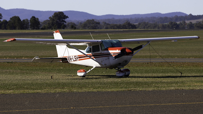 VH-LSH - Cessna R172K Hawk XP II - Private