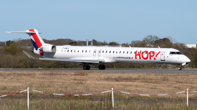 A picture of FHMLA - Mitsubishi CRJ1000EL - Air France - © Alexandre Raineau