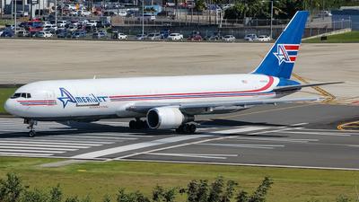 A picture of N316CM - Boeing 767338(ER)(BDSF) - Amerijet International - © Juan Carlos Aponte