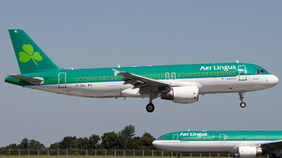 A picture of EIGAL - Airbus A320214 - Aer Lingus - © Ross Sugrue