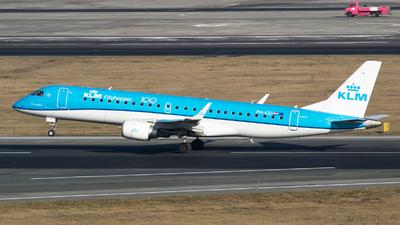 A picture of PHEZI - Embraer E190STD - KLM - © RAFAL KUKOWSKI
