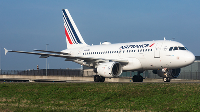 A picture of FGUGM - Airbus A318111 - Air France - © Fryderyk Kastelnik/ Fred Aviation