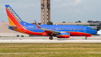 A picture of N294WN - Boeing 7377H4 - Southwest Airlines - © Pat Leinweber