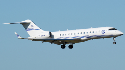 T7-LASM - Bombardier BD-700-1A10 Global Express - Private