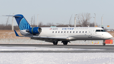 N221PS - Bombardier CRJ-200ER - United Express (SkyWest Airlines)