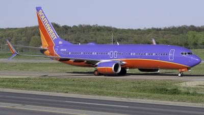 N8630B - Boeing 737-8H4 - Southwest Airlines