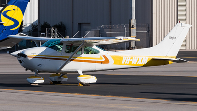 VH-WXM - Cessna 182Q Skylane - Port Pirie Flying Group Inc.