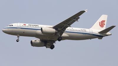 B-6882 - Airbus A320-232 - Air China