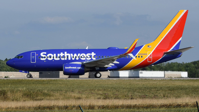 A picture of N268WN - Boeing 7377H4 - Southwest Airlines - © DJ Reed - OPShots Photo Team