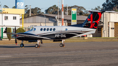 PR-OIL - Beechcraft 250 King Air - Private