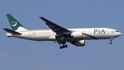 A picture of APBGK - Boeing 777240(ER) - Pakistan International Airlines - © Alberto Cucini