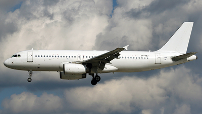 LY-VEJ - Airbus A320-232 - Avion Express