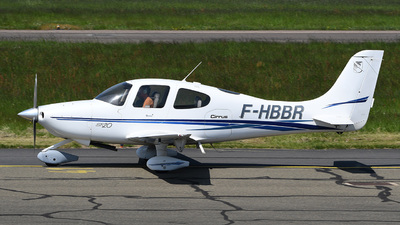 F-HBBR - Cirrus SR20 - Private