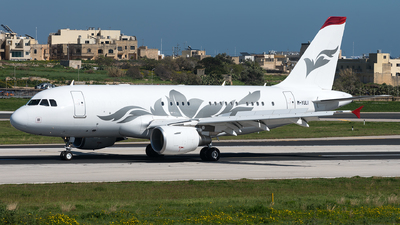M-YULI - Airbus A319-115(CJ) - Private