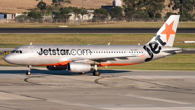 A picture of VHVFF - Airbus A320232 - Jetstar Airways - © Andrew Lesty