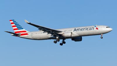 N275AY - Airbus A330-323 - American Airlines