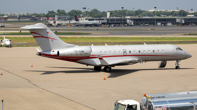 TC-CHN - Bombardier BD-700-1A10 Global Express - MNG Jet