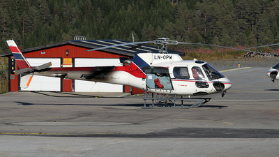 LN-OPW - Aérospatiale AS 350B3 Ecureuil - Airlift
