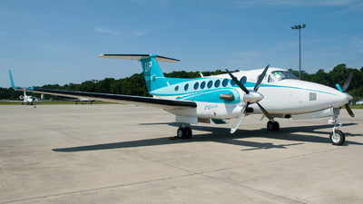 N862UP - Beechcraft B300 King Air 350 - Wheels Up