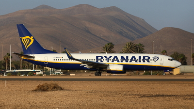 A picture of EIEBH - Boeing 7378AS - Ryanair - © Raphael Born