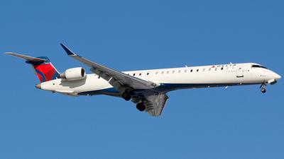 A picture of N349PQ - Mitsubishi CRJ900LR - Delta Air Lines - © Alec Mollenhauer