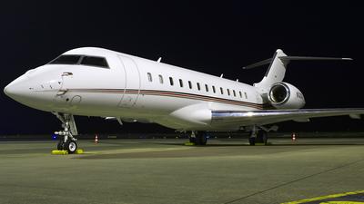 N143QS - Bombardier BD-700-1A10 Global 6000 - NetJets Aviation