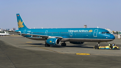 VN-A392 - Airbus A321-231 - Vietnam Airlines