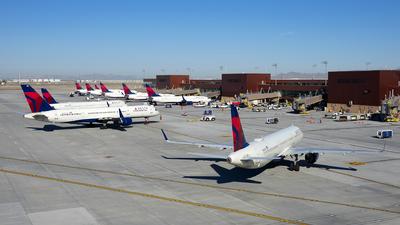 KSLC - Airport - Ramp