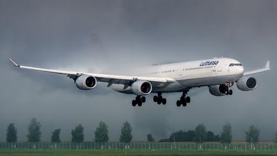 D-AIHM - Airbus A340-642 - Lufthansa