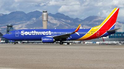 N8512U - Boeing 737-8H4 - Southwest Airlines