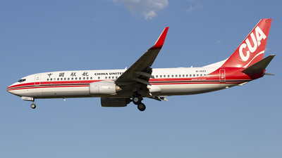 B-1523 - Boeing 737-89P - China United Airlines