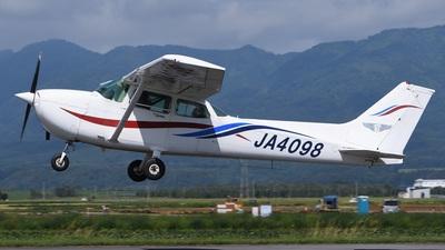 JA4098 - Cessna 172P Skyhawk II - Private