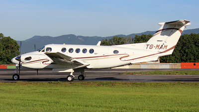 TG-MAM - Beechcraft B300 King Air - Private