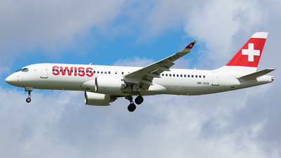 A picture of HBJCQ - Airbus A220300 - Swiss - © Martin Rogosz