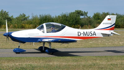 D-MJSA - Breezer B600 - Private