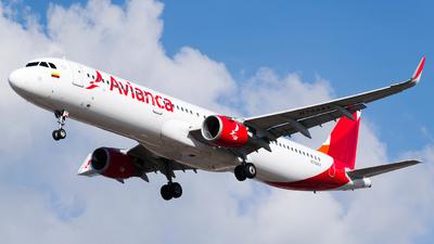 N744AV - Airbus A321-211 - Avianca