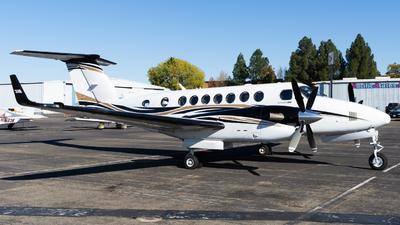 N64FE - Beechcraft B300 King Air 360 - Private