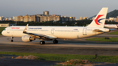 B-8652 - Airbus A321-211 - China Eastern Airlines