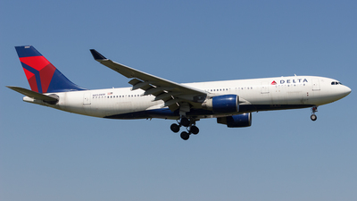 N854NW - Airbus A330-223 - Delta Air Lines