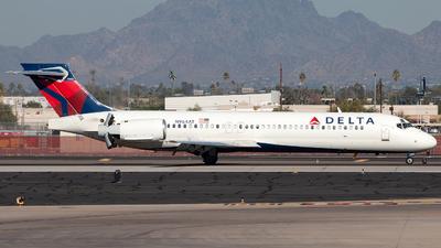 N964AT - Boeing 717-2BD - Delta Air Lines