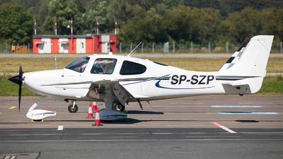 SP-SZP - Cirrus SR22 - Private