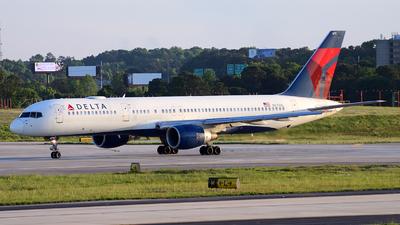 N673DL - Boeing 757-232 - Delta Air Lines