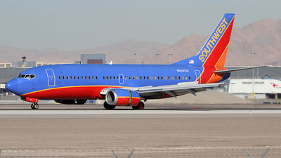 N669SW - Boeing 737-3A4 - Southwest Airlines