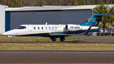 A picture of PRWNA - Learjet 40 - [452040] - © raphacwb